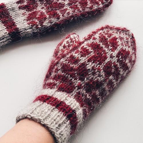 Speedy selbu mittens