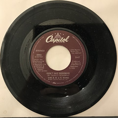 THE B. B. & Q. BAND:ON THE BEAT(RECORD SIDE-B)