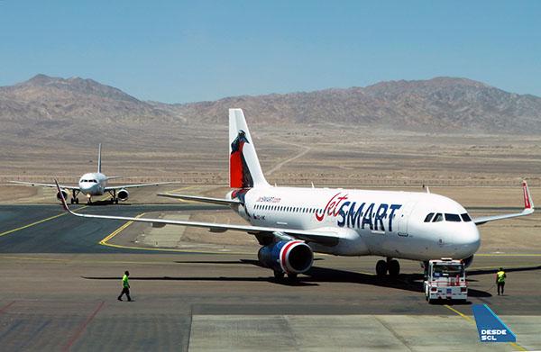 JetSMART A320 CC-AWC pushback CJC (RD)