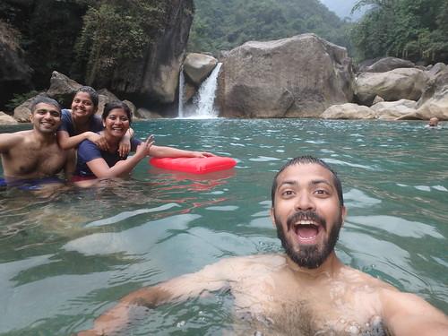 nongriat-hike-lagoon-1