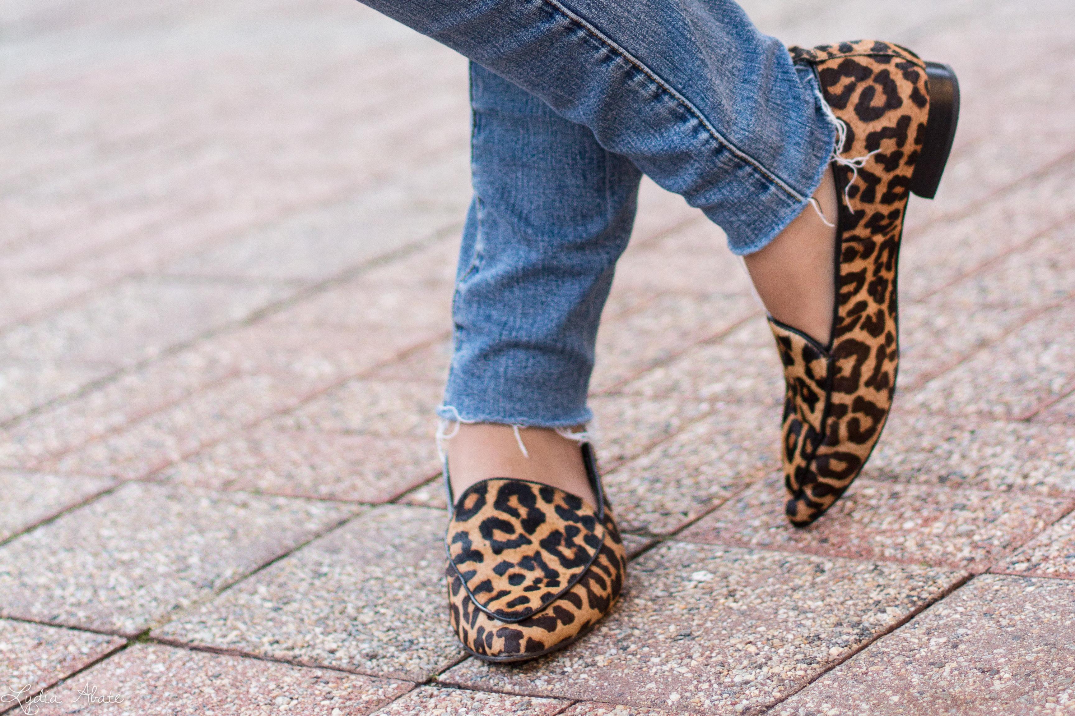 rust turtleneck, suede trench, leopard loafers, cream wool fedora-1.jpg