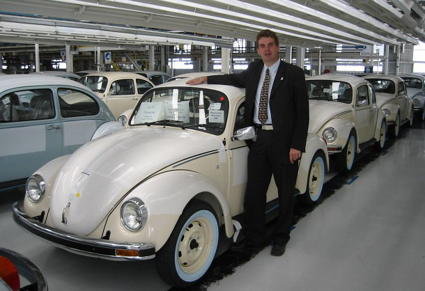 Last-OG-Volkswagen-Type-I-Beetle-Ever-Produced-Circa-2003-Mexico-610x458