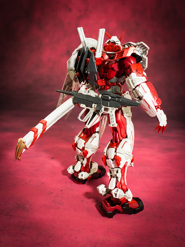 HiRM_Astray_Red_Frame_20