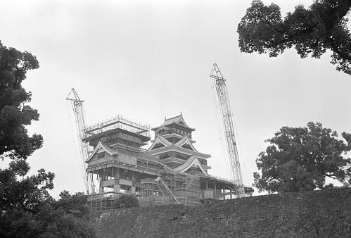 熊本城天守閣を加藤神社より臨む