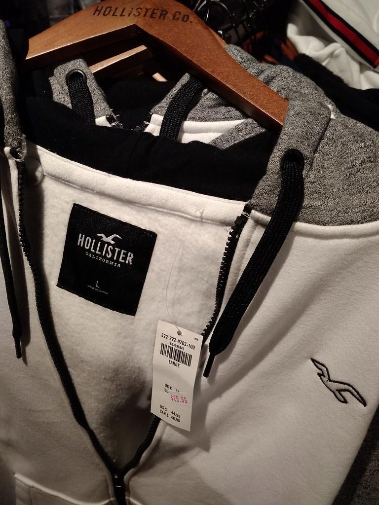 Hollister hoodie $16