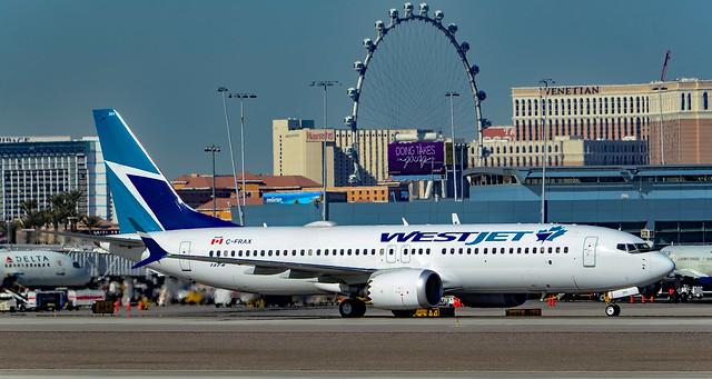 C-FRAX WestJet Boeing 737-8, Nikon D7000, AF-S DX VR Nikkor 55-300mm f/4.5-5.6G ED
