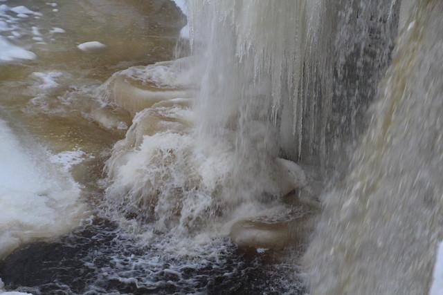 Jägala juga / Jägala waterfall, Estonia