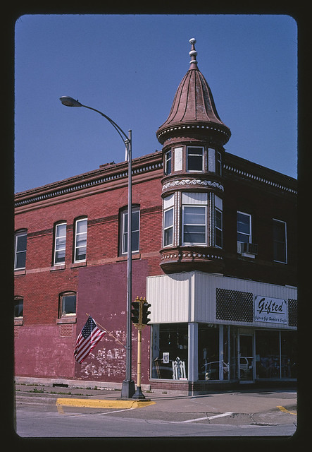Corner Building, Washington Street, Washington, Iowa (LOC)