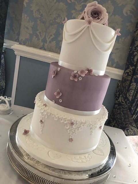 Cake by The Cake Emporium, Thorne