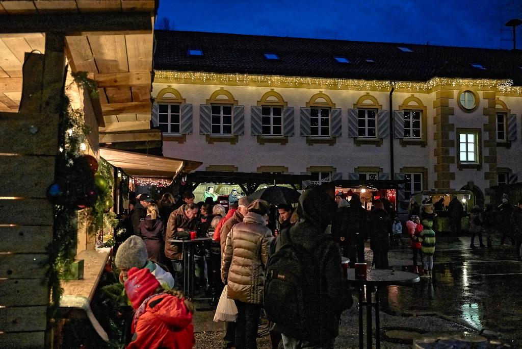 Weihnachtsmarkt Im Hinterhof Geretsried Hinterm Rathaus