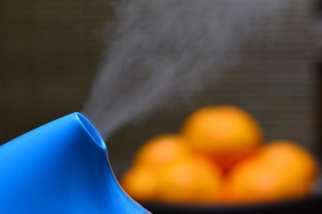冬の乾燥対策として必須の加湿器