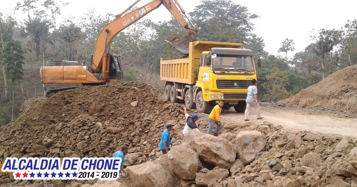 Vialidad para el sector rural de Chone