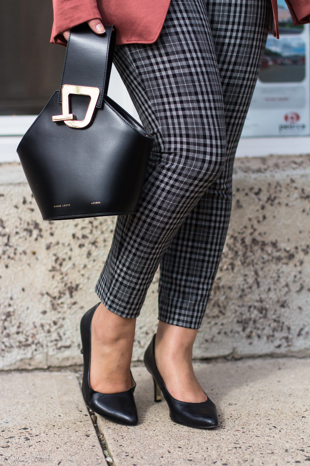 rust blazer, plaid pants, black pumps, danse lente bucket bag, scalloped cami-4.jpg