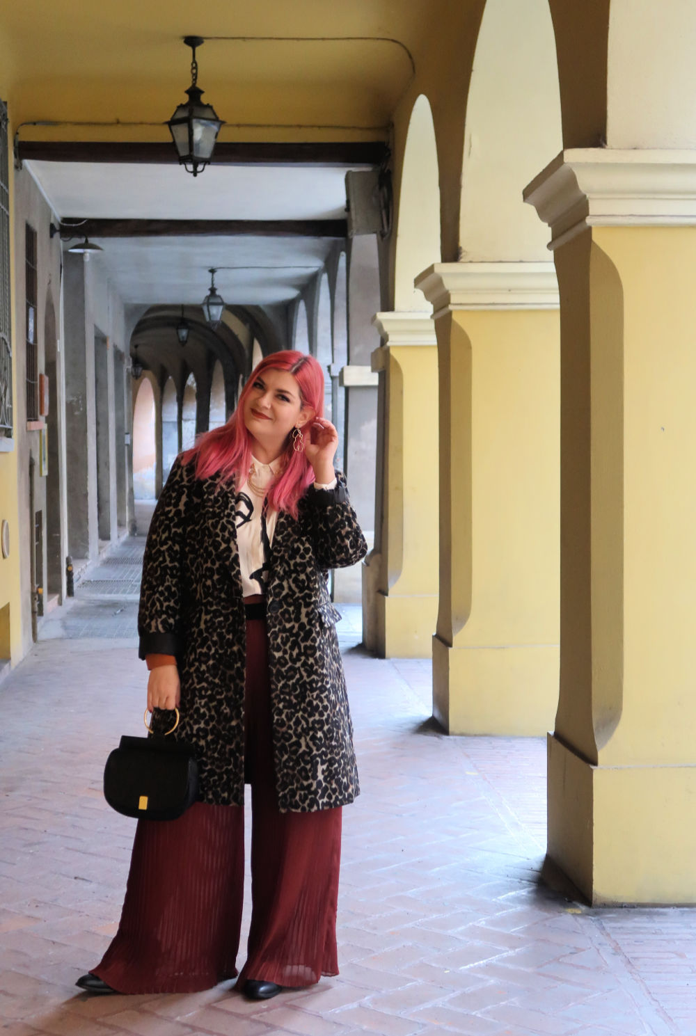 outfit plus size, curvy, panta palazzo e cappotto leopardato (10)