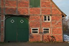 Türen und Tore -                         Doors and Gates