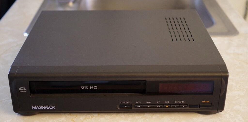 Magnavox VR 9040 VHS VCR | Magnavox (Philips) 4 Head HQ VHS … | Flickr