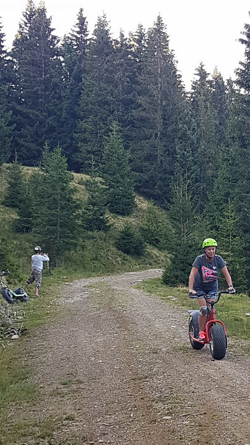 Austria 18 32