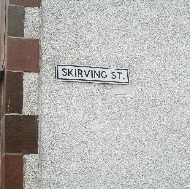 Skirving Street, Glasgow, Sign