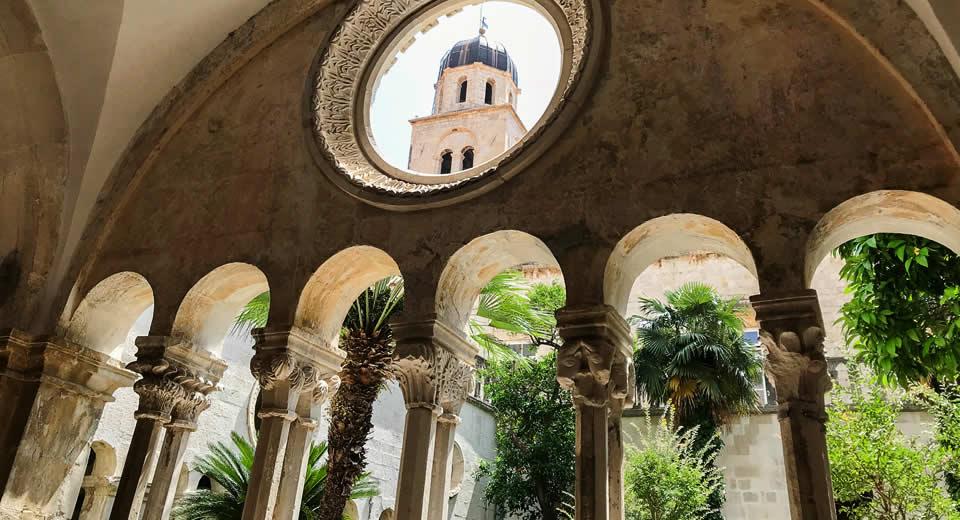 Bezienswaardigheden Dubrovnik: Franciskaner Klooster | Mooistestedentrips.nl