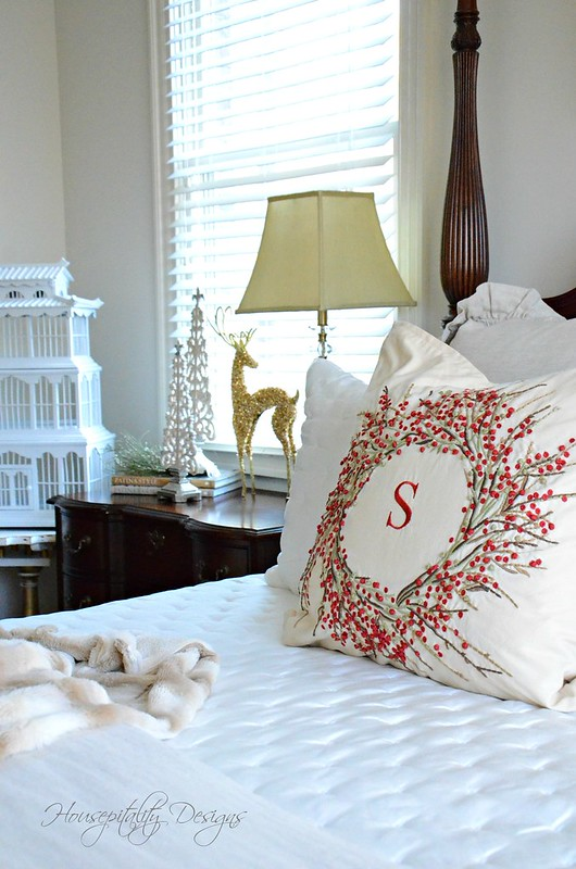 Christmas Bedroom-Housepitality Designs-3