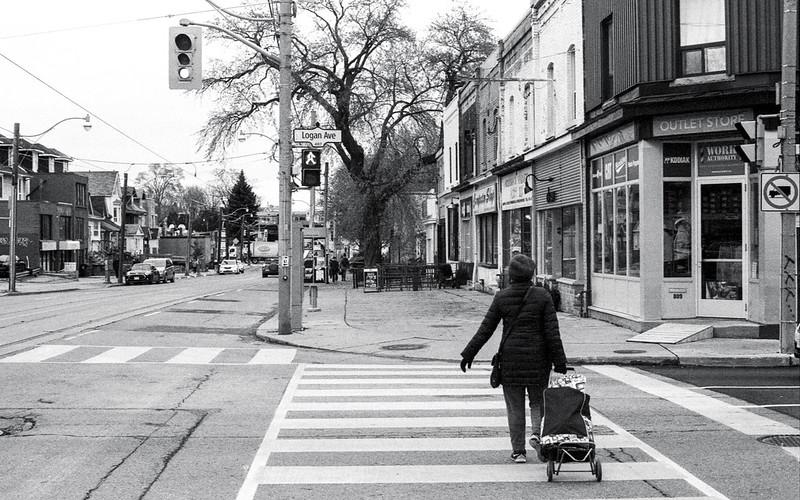 Crossing Logan_