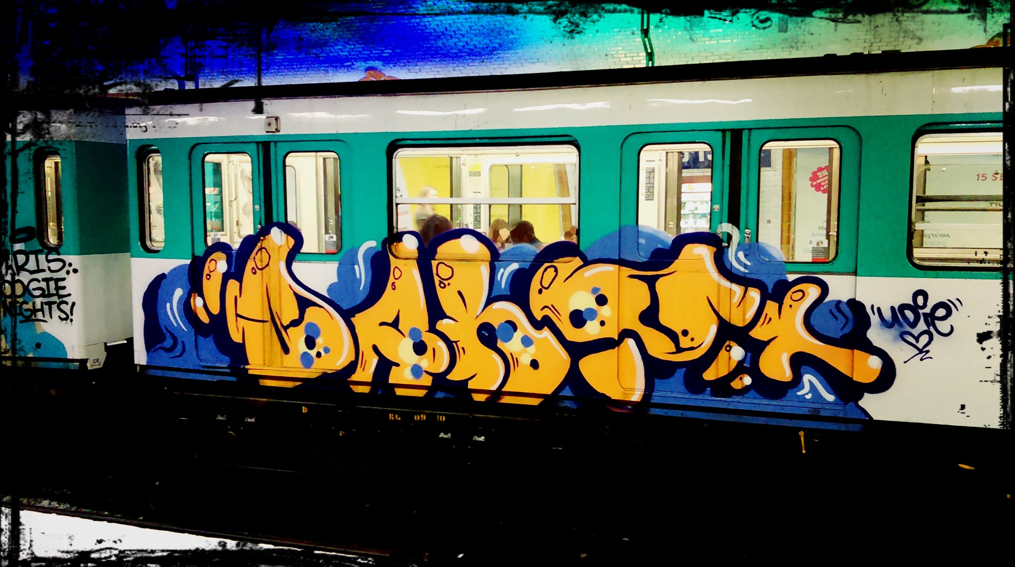 Paris: Graffiti-Eldorado of subway line 12