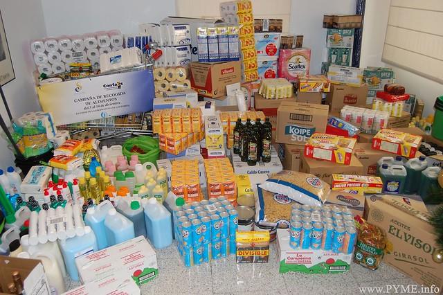 Alimentos recogidos para las Hermanitas de los Pobres en la campaña impulsada por la asociación AESAL.
