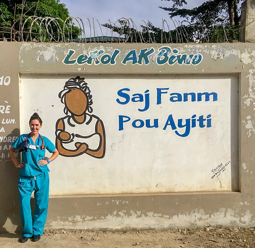 RN Emily: #VolunteerAbroadBecause You Can Learn From Locals