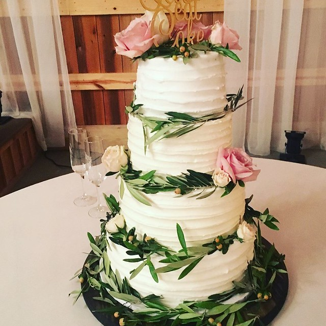 Cake by Connie Cakes