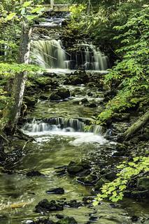 small falls and drops above Chapel Falls