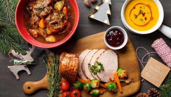 Ellenborough Market Cafe Christmas Feast