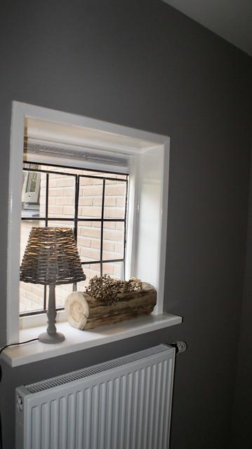 Keukenraam vensterbank lamp rieten kapje