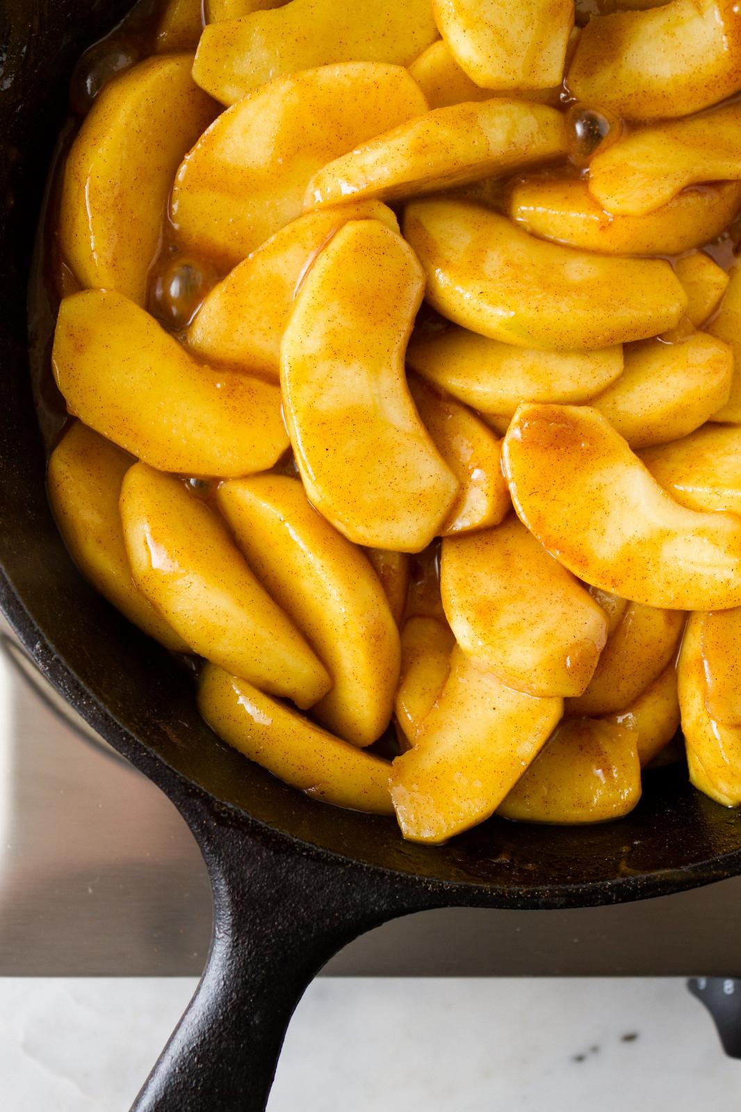 cinnamon apples freshly cooked
