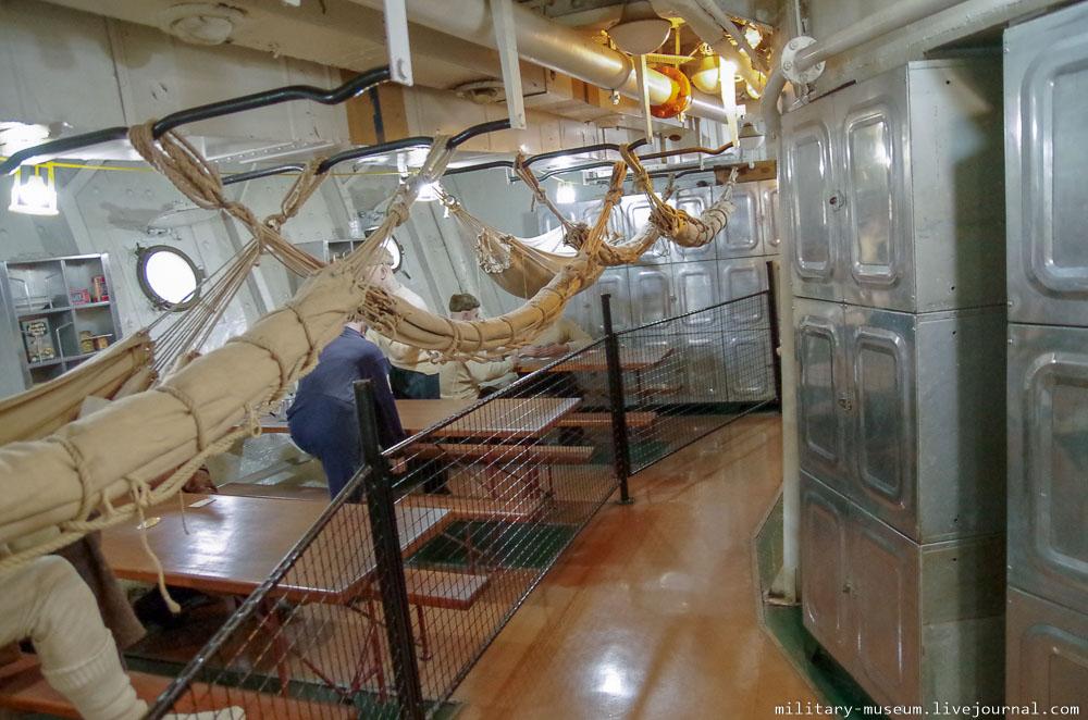 HMS Belfast-111