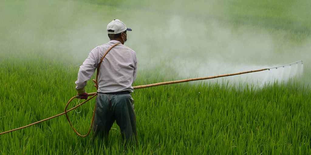 Les pesticides financées par l'Industrie posent des problèmes