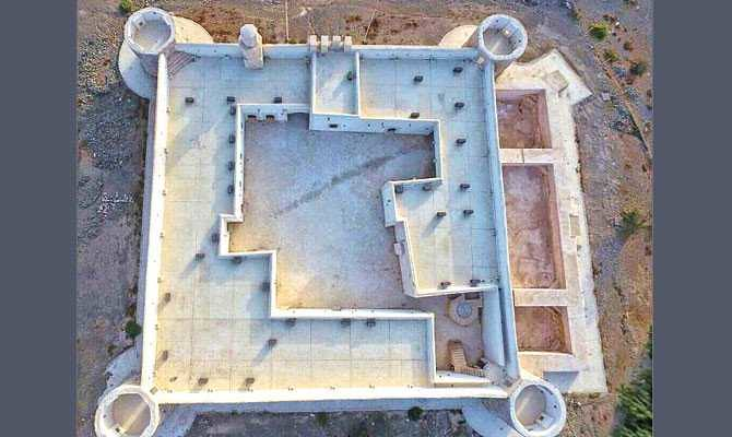 4814 The History of 400 years old Al-Zareeb Castle in Tabuk, Saudi Arabia 04