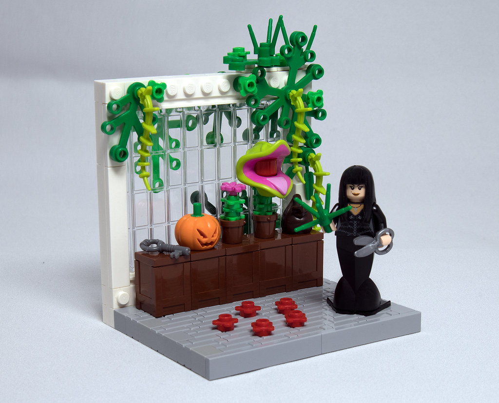 LEGO® MOC by Vitreolum: Morticia Addams