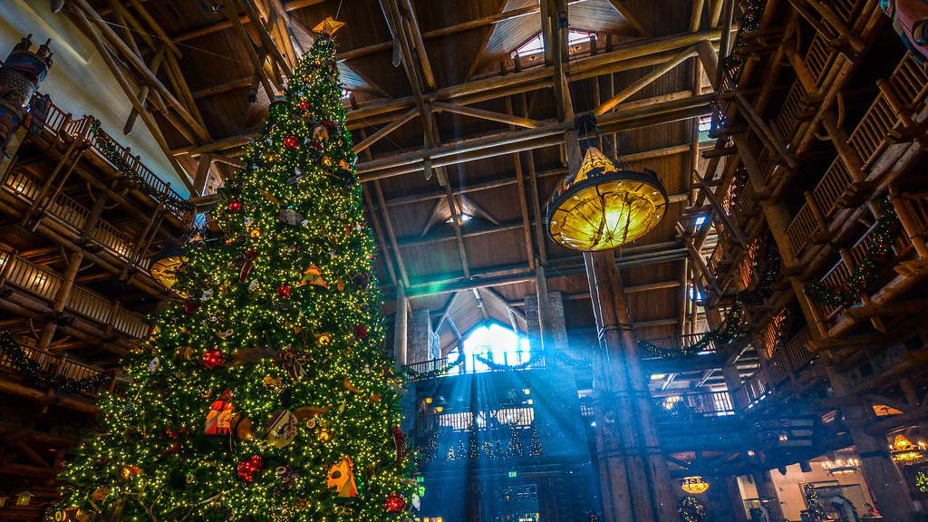 Christmas Tree lightburst Wilderness Lodge