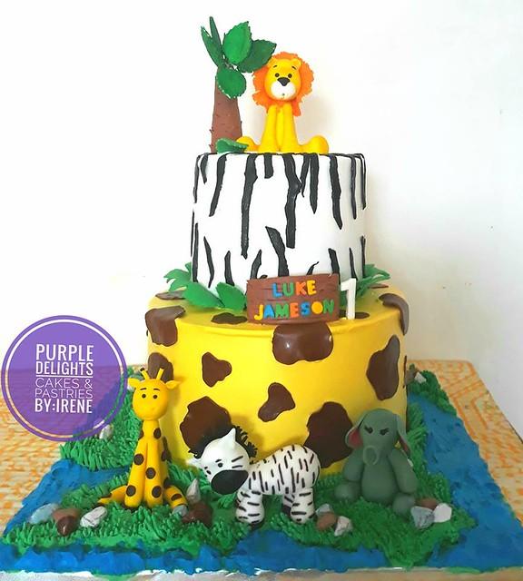 Cake by Irene Elogada Gacoscosim