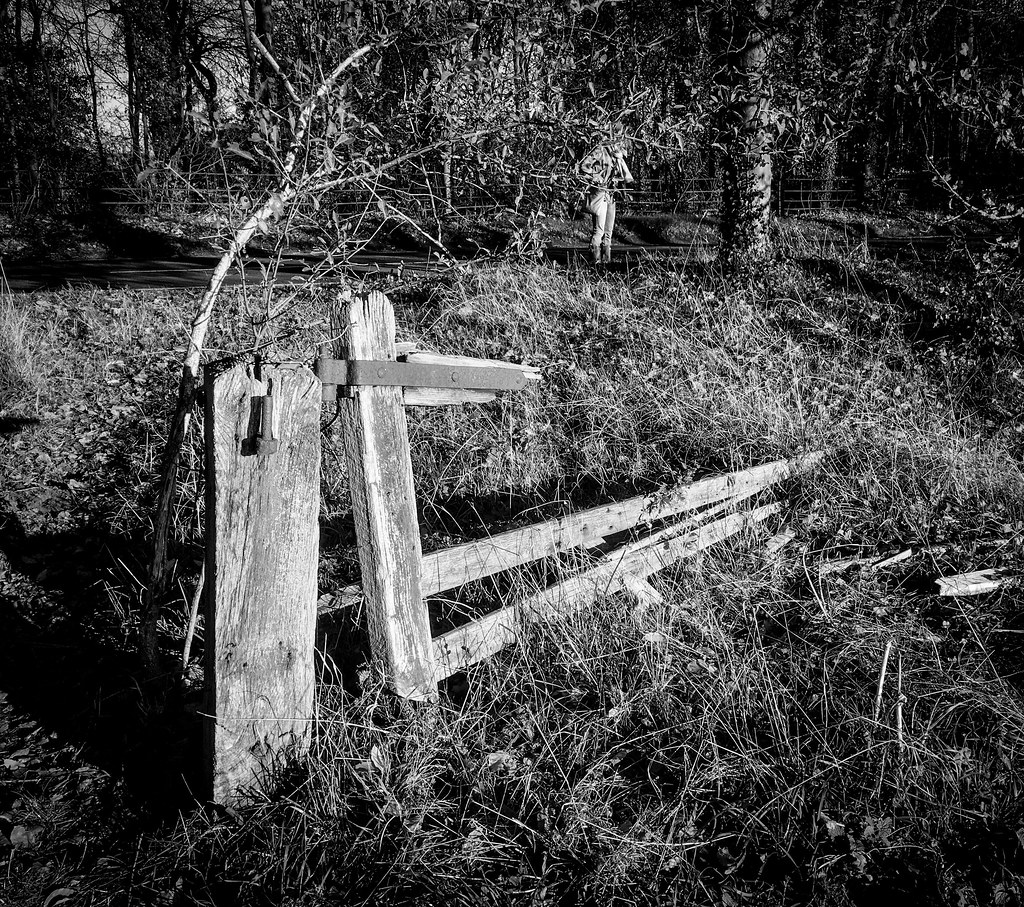 A gate was here once
