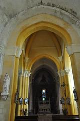 Nef, église romane Saint Martin (XIIe), Arces, Saintonge, Charente-Maritime, Nouvelle-Aquitaine. - Photo of Grézac