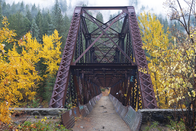 Autumn Bridge, Nikon D850, AF-S Nikkor 16-35mm f/4G ED VR