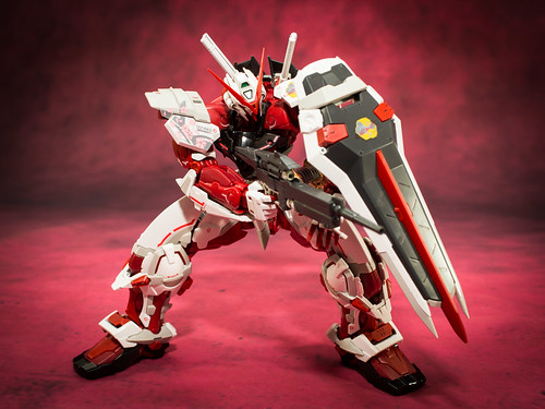 HiRM_Astray_Red_Frame_17