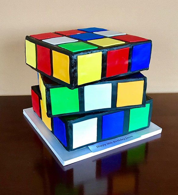 Rubik's Cube Cake by Dulce Cakes & Desserts