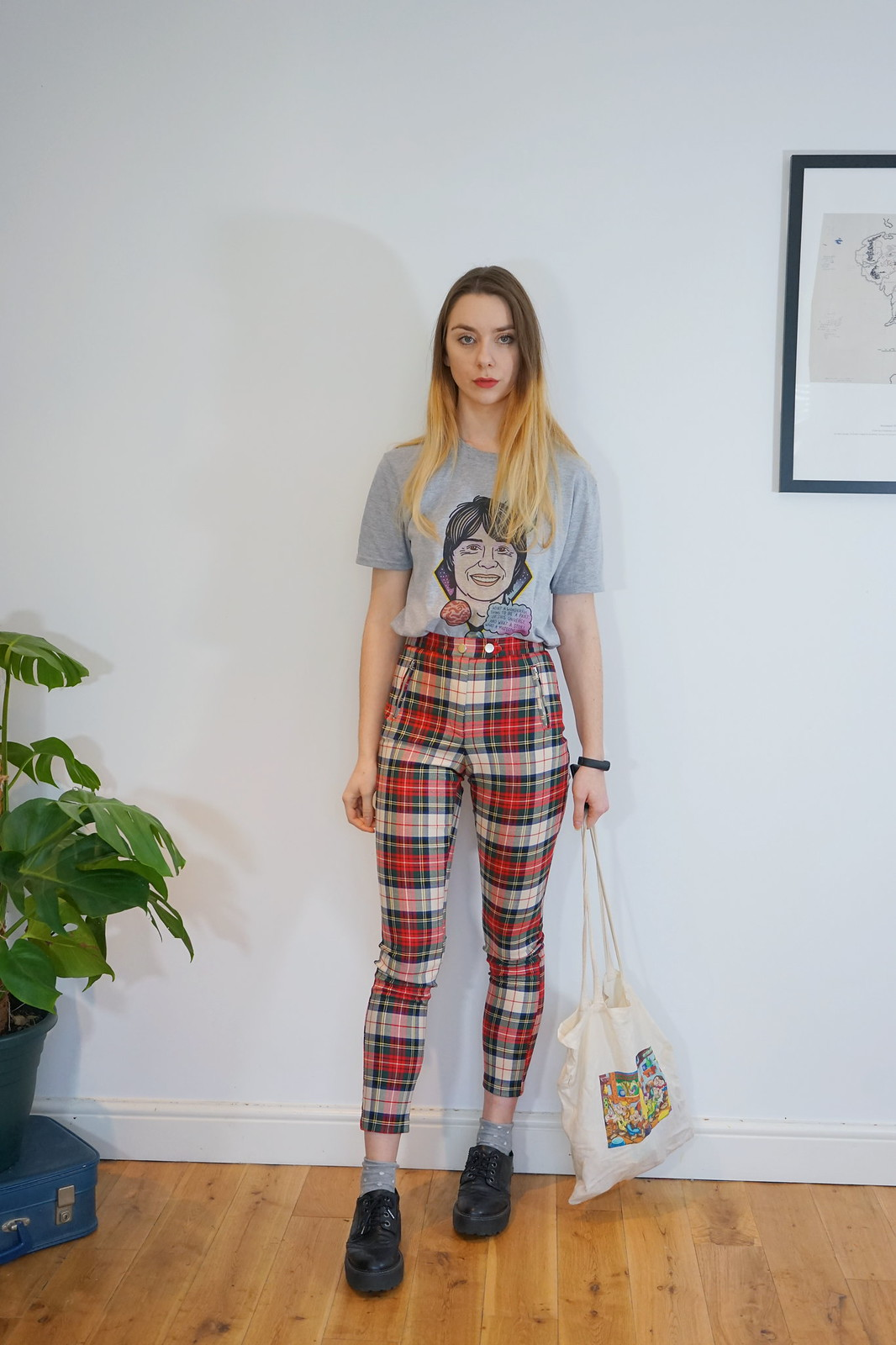 Tartan trousers, a basic tee and chunky shoes