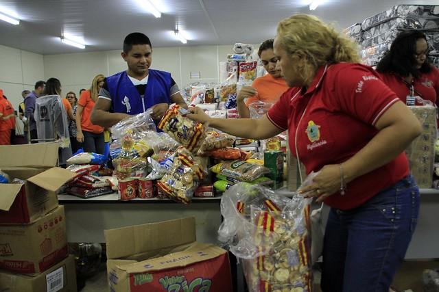Prefeitura identifica 735 famílias do incêndio em Educandos aptas a receber Auxílio Aluguel