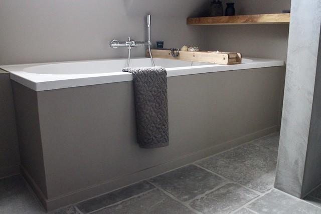 Badkamer beton cire landelijk