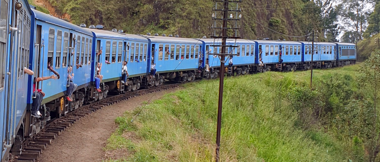 Tren de Ella, Ella Railway - Sri Lanka tren de ella - 46171040454 f7b712eea0 o - Tren de Ella en Sri Lanka: ¿El viaje en tren más pintoresco del mundo?