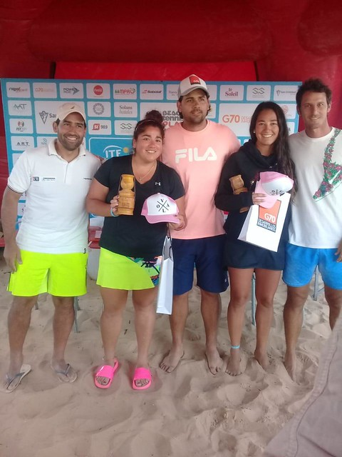Chilenos compiten en el circuito de Tenis Playa en Sudamérica