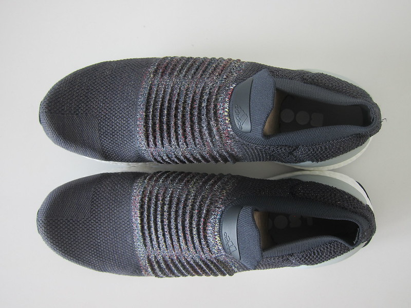 Adidas Ultra Boost Laceless - Top